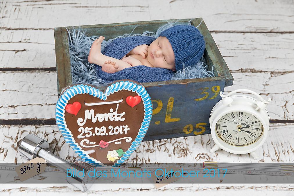 Neugeborenenfotos als Geburtsanzeige